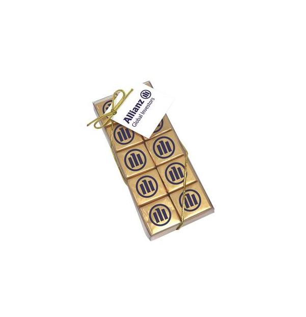 boîte de vingt chocolats carrés