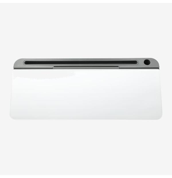tableau blanc pour bureau avec espace de rangement